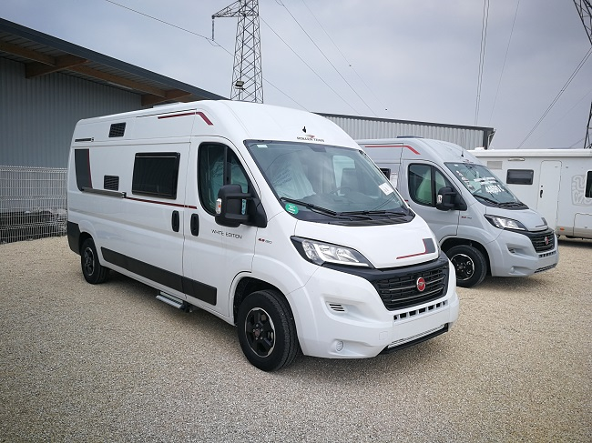 camping car ROLLER TEAM LIVINGSTONE WITH EDITION 5 modèle 2019